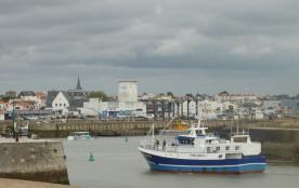 Bateau de pêche côté port
