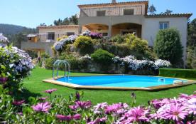 Villa vue Féerique sur la mer avec piscine chauffée dans écrin de verdure