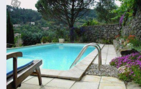 Maison de caractère avec piscine et grand jardin