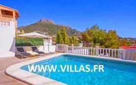 Villa OL Jaz - Villa avec piscine privée et située à quelques mètres de la plage à Calpe.