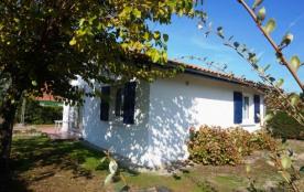Petite maison avec jardin dans secteur Sud (007)