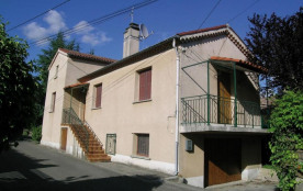 Gîtes de France situé à 1 km du village et à 8 km d'Aubenas, maison indépendante aménagée dans un...