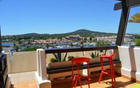 Appartement 2 pièces de 18 m² environ pour 2 personnes située en plein cœur de la station et à pr...