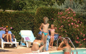 Camping Le Luberon ***, 75 emplacements, 35 locatifs