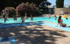 Passez des vacances sympa en Provence : Le Mobil Home 3 chambres : 30 m² jusqu'à 8 personnes