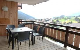 Résidence construite en 2011, située au centre du village, à proximité de tous commerces, à 3 kms...