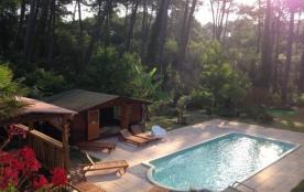 Villa dans la forêt : plage, surf et zen attitude