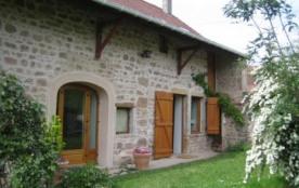 Fermette en pierre au calme en Bourgogne