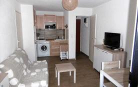 Apartment à BORMES LES MIMOSAS