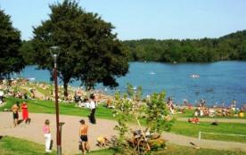 Camping du lac d'Aydat - Résidence Grand Large louisiane avec Portes fenetres 4 personnes incluse...