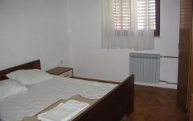 Appartement pour 5 personnes à Pakoštane