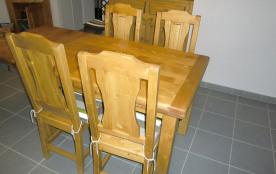 Table avec 2 rallonges, jusqu'à 10 couverts