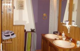 """Salle de bain chambre """" Lavandes """""""