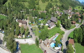 CAMPING LES FONTAINES, 70 emplacements, 100 locatifs