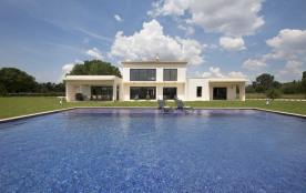 squarebreak, Superb contemporary villa