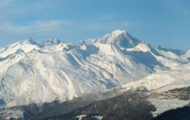 ARCS 2000 Beau studio Pieds pistes face Mont Blanc