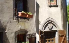 Maison typique Médiévale Besse 4/6 personnes