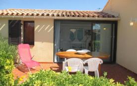 Port-Leucate (11) - Quartier naturiste - Aphrodite village. Appartement 3 pièces - 39 m² environ ...