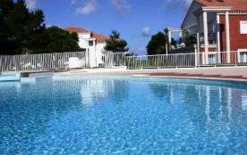 Appartement 4 pièces de 65 m² environ pour 9 personnes située à 200 m de la mer et 600 m des comm...