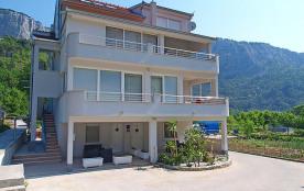Appartement pour 3 personnes à Omiš