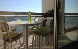 50 m2 face mer avec vue imprenable sur la baie de LA BAULE