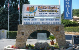 Camping Le Mondial, 217 emplacements, 23 locatifs