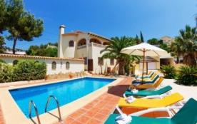 Villa AB Lama - Villa de construction récente avec climatisation pour 10 personnes sur la Costa B...