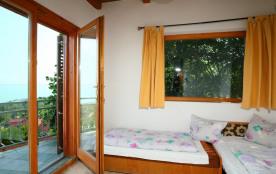 Appartement pour 5 personnes à Balatonalmadi