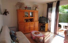 Résidence le Mas des Manadiers, résidence avec piscine (K1) Route de Cacharel, appartement en rez...