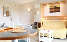 Résidence La Rochelière 2 - Appartement 1 pièce proche de la plage et de l'océan.