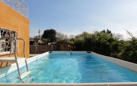 A 7km des plages villa 8 pers avec jardin clos terrasses et piscine privée!