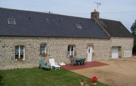 Ce gîte exposé plein sud, vous permettra de découvrir les attraits de la presqu'île du Cotentin, ...