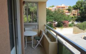 Appartement 2 pièces situé à 450 mètres de la plage de la Favière.