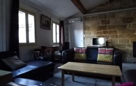 Montpellier centre, près Comédie et Corum, bel appartement de 120 m2 rénové  en plein cœur du quartier piéton.