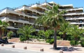 Fréjus (83) - Bord de mer - Résidence Acapulco. Appartement studio cabine - 27 m² environ - jusqu...