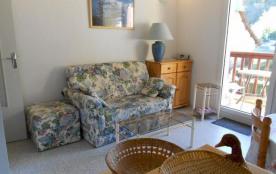 Au premier étage de la résidence Aspin, appartement lumineux et bien équipé pour 4 personnes.