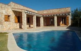 Belle villa avec piscine privée pour 10 personnes à 3 km de la mer !