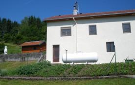 Petite maison individuelle classée 2 clés de 60 m² pour 4/6 personnes, entourée de verdure et de ...