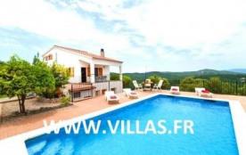 Villa CV Andessina - Jolie villa située dans une voie sans issue où vous pourrez garer la voiture.