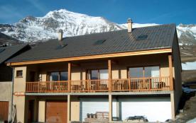 Appartement en chalet de Montagne, grand confort, maxi 10p., au Pays de la Meije et du Galibier