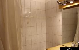 Appartement 4 pièces cabine 8 personnes (051)