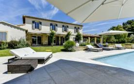 squarebreak, Beautiful Provencal villa in Aix country