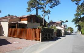 W.E. ou Semaine Petite maison de vacances à 80 m de la grande plage