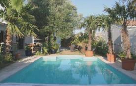 Villa avec piscine 10 personnes. Location vacances, ile de ré, Charmante et spacieuse villa const...
