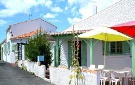 FR-1-357-13 - Villa spacieuse pour 13 personnes