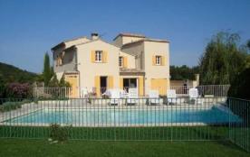 Gîtes de France Le Cabanon. Maison indépendante rénovée en 2008 sur terrain clos de 1000 m² avec ...