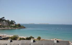 N°865 - Appartement rénovée belle vue mer au 2 ème étage du Château de Trestraou à 250 m de la gr...