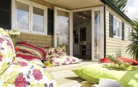 Bienvenue au Camping** de la Prairie à Port en Bessin, Calvados en Normandie - Camping 2 étoiles au cœur du village d...