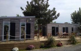 Camping La Guillotière 3* - Mobil-home 6 personnes - 2 chambres, + TV (entre 6 et 10 ans)