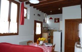 Gîte les hirondelles 2/3 personnes - lit prêt à l'arrivée - A 10km du Cap Blanc Nez- A 8,5km plage de Sangatte - Wi-Fi.